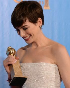 Anne.Hathaway.Golden.Globes.2013